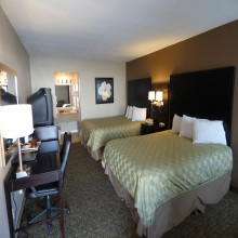 Ramada by Wyndham Fresno 2 Queen Beds Room